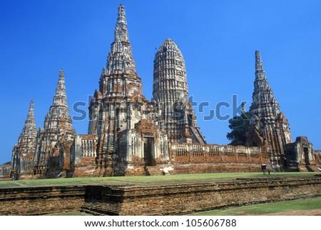 Wat Chang Lom Ancient Buddhist Temple at Sri Satchanaiai Historical Park, Thailand