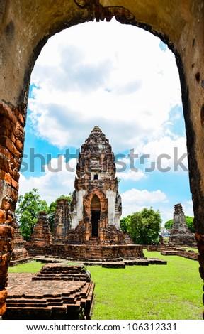 Wat Phra Sri Rattana Mahathat in lopburi Thailand.