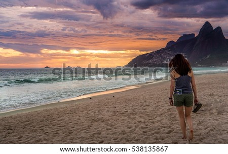 watching a sunset on ipanema...