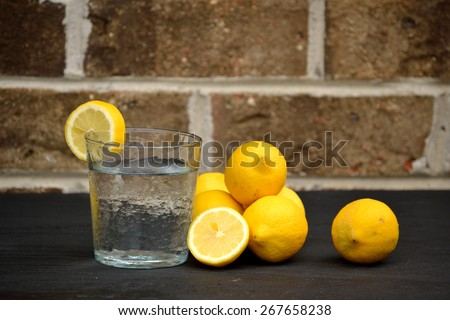 Water and lemon drink for well-being