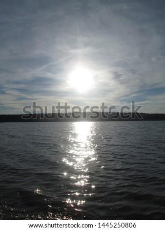 Water glistens in the sun.