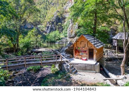 Water mill from Rudaria, Eftimie Murgu village, Romania, Caras-Severin County, Unesco world heritage Foto stock ©
