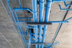 water piping system install with the concrete ceiling