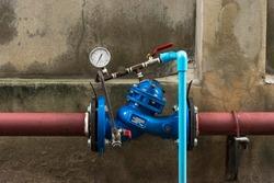Water Shutoff Valve with Water Pressure Monitor