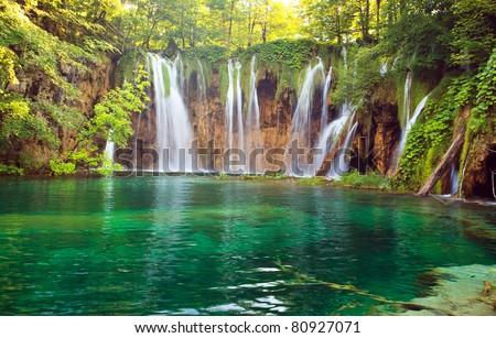 Waterfall in Plitvic? Lakes national park, Croatia