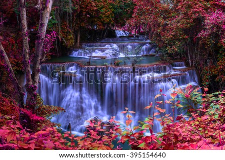 Waterfall in Thailand is beautiful, do not lose any.