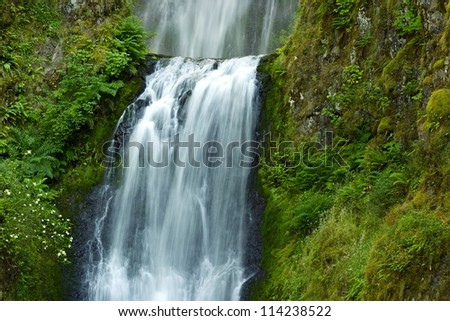 Waterfalls - Waterfall Closeup. Western Oregon State, USA. Waterfalls Photo Collection.