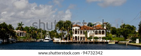 Waterfront homes in Ft Lauderdale, Florida