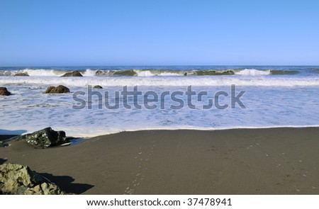 Wave breaking at the beach