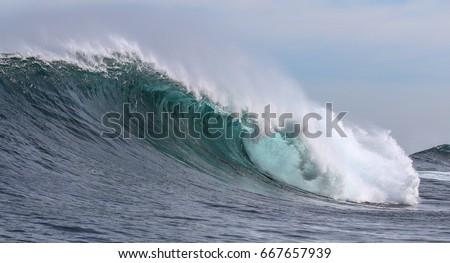 Waves #667657939