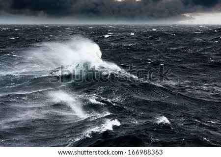 Waves Breaking and Spraying at High Seas and Strong Winds
