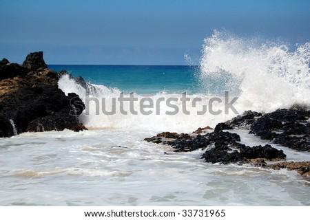 Waves on Rocks Maui