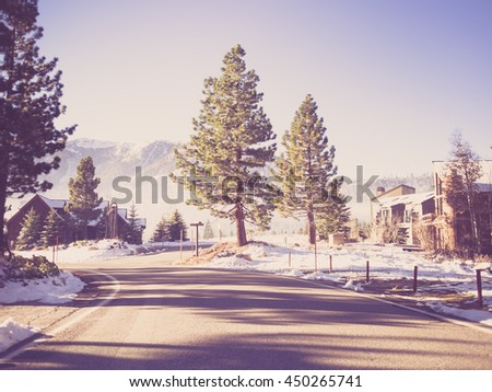 way to mammoth lakes in winter  ...