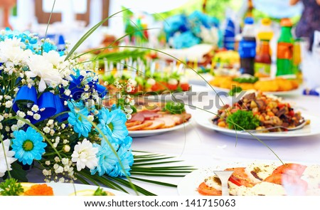 wealth layout table on event party