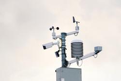 Weather station for meteorological forecast, anemometer, wind meter, direction sensors