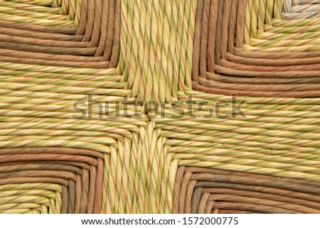 weaving for artisan chairs from bruzzo italy