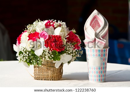 wedding bouquet and tissues paper