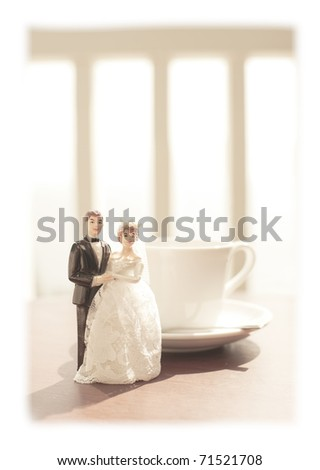 wedding bride and groom couple doll with coffee cup