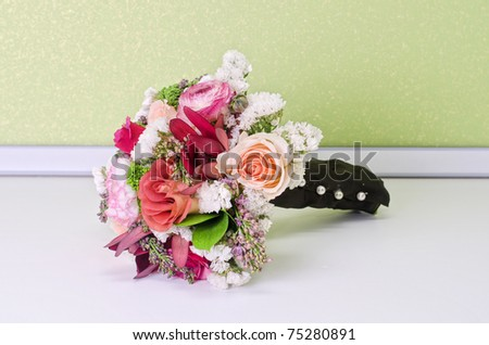 Wedding Bunch of flowers at white table