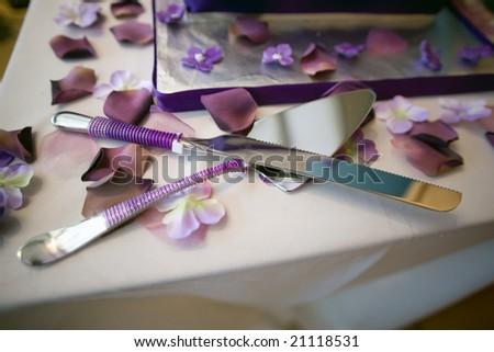 Wedding cake and knife