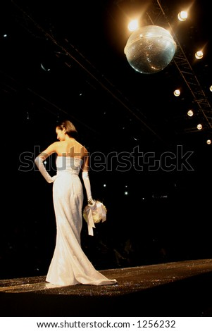Wedding dress model at Seoul Fashion Week (Seoul Collection) Fall/Winter 2006.  Hwang Jae Bock collection.