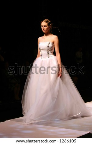 Wedding dress models at Seoul Fashion Week (Seoul Collection) Fall/Winter 2006.  Hwang Jae Bock collection.