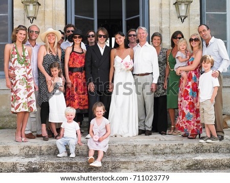 Wedding family picture