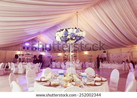 Wedding flowers decoration in the restaurant