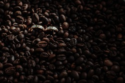 Wedding Ring Photo Detail with coffebeans