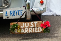 wedding Rolls-royce with a 'just married' sign