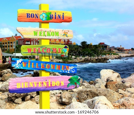 """Welcome sign in Curacao. """"Bon Bini"""" means """"Welcome"""" in Papiamentu on the Netherlands Antilles or Leeward Islands, Aruba, Curacao and Bonaire."""