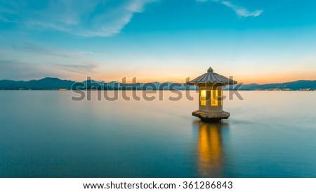 west lake scenery