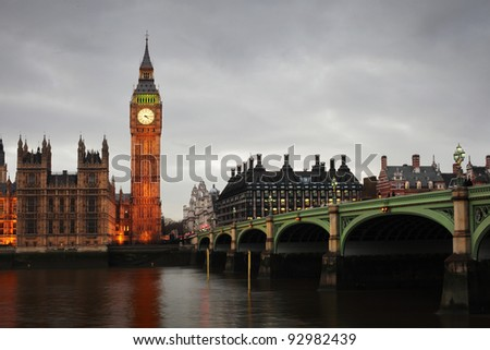 Westminster Bridge and Big Ben in the evening