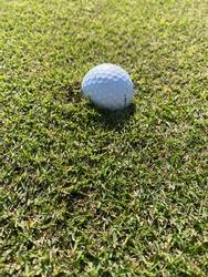What a golf Ball Divot