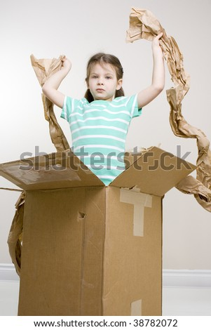 where is it?  - girl found nothing in the box