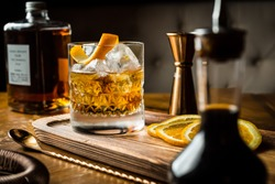 Whisky Old Fashioned served on the rocks with orange