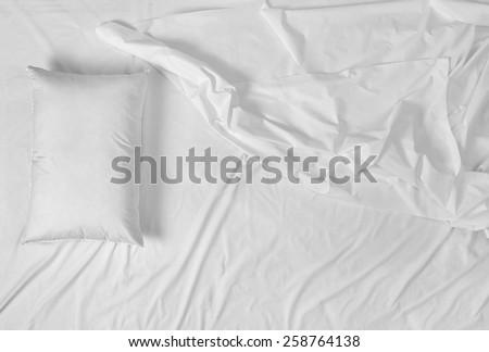 white bedding sheet