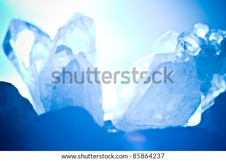 white blue shining rock mountain crystall quarz