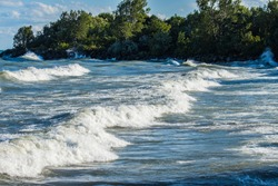 white cap waves on lake Ontario