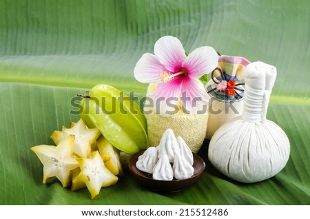 White face with star fruit and soft-prepared chalk.
