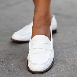 White leather loafers shoes womenrsquo;s fashion