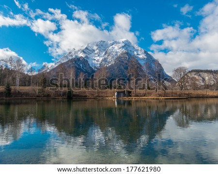 White mountain top and lake Stock fotó ©