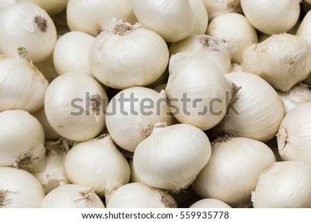 white onions on a market