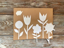 White paper flowers, holiday card, children's applique. Instructions step by step.