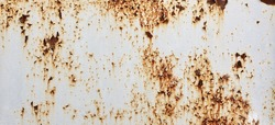 White Rust Metal Decayed Crumpled Sheet Wide Background. Weathered Iron Rusty  Isolated Metallic Texture. Corroded Steel Structure. Abstract Web Banner.