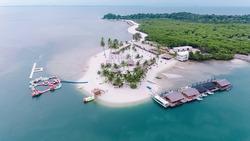 White Sand Ranoh Island best batam  resort