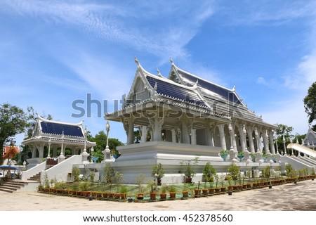 White temple, Wat Kaew Korawaram. This temple is a tourist attraction in Krabi, Thailand.
