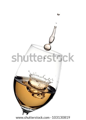 White wine splash with crown and drop