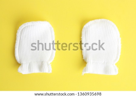 white wool mittens for baby #1360935698