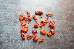 Whole dried organic Mace spice